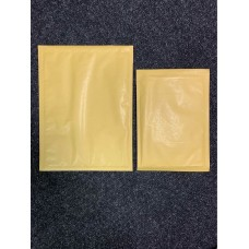 10 Featherpost padded envelopes 180mm x 265mm
